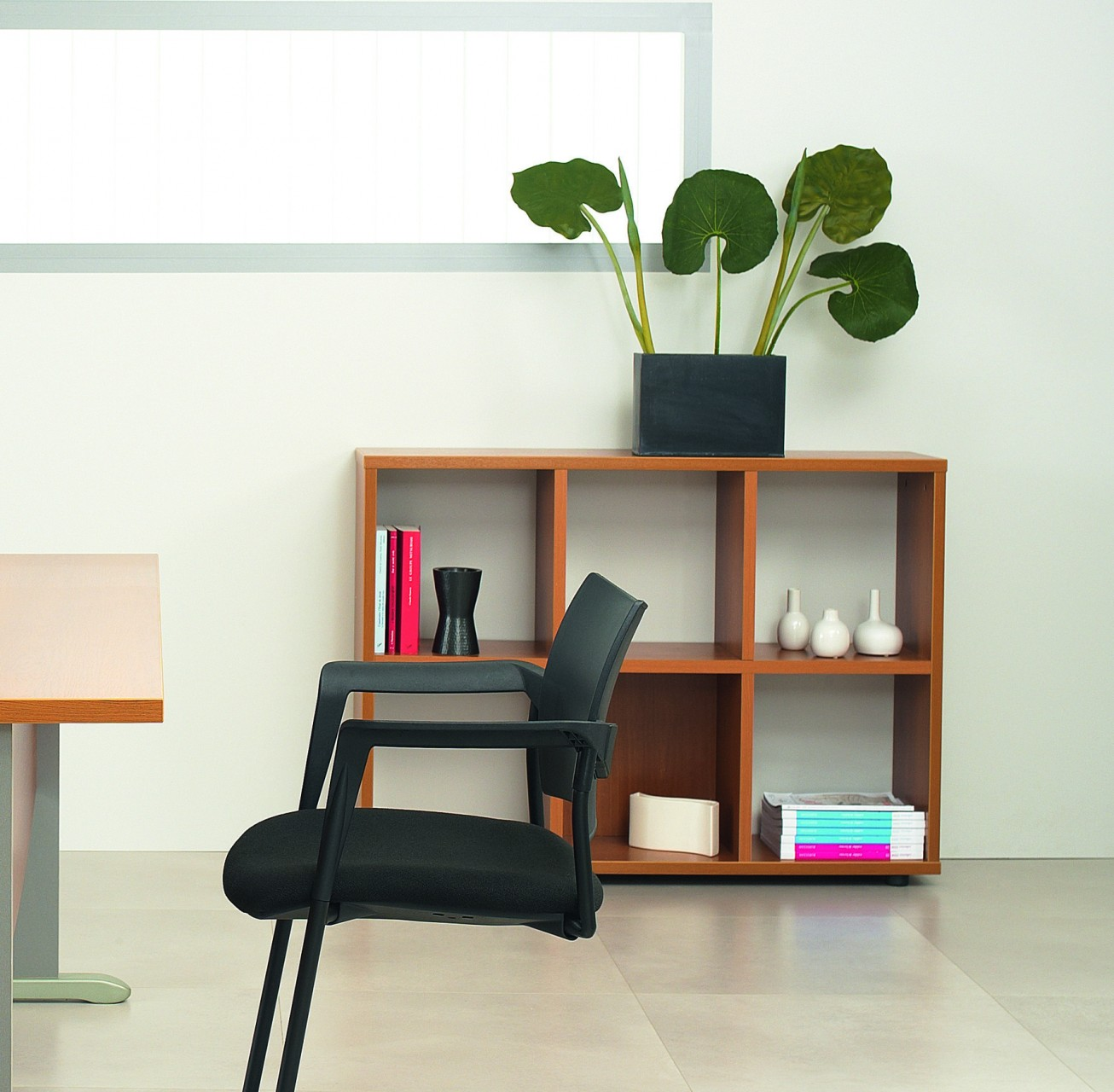 etag re basse cubic. Black Bedroom Furniture Sets. Home Design Ideas