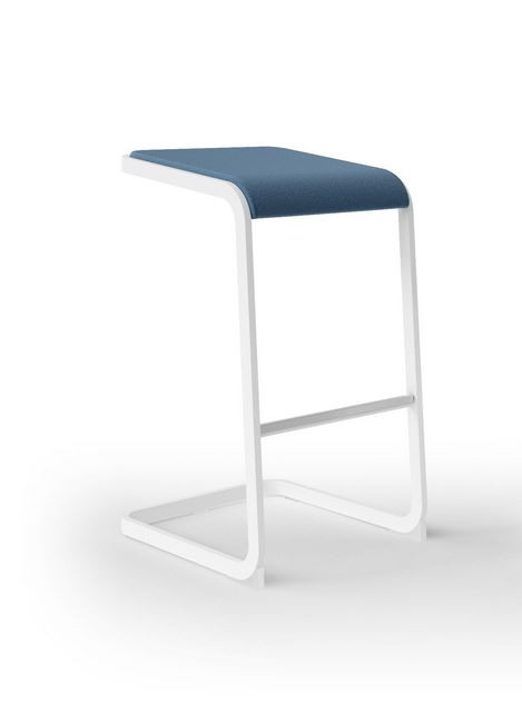 tabouret haut mildred achat tabouret pas cher 279 00. Black Bedroom Furniture Sets. Home Design Ideas